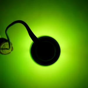 Декоративный светильник зеленая бутылка