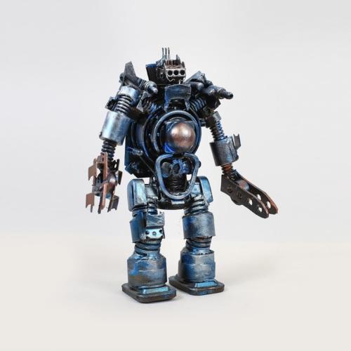 декоративно-сувенирное изделие синий робот