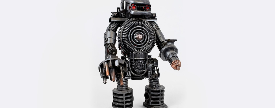 робот сувенир c красной подсветкой дрейк