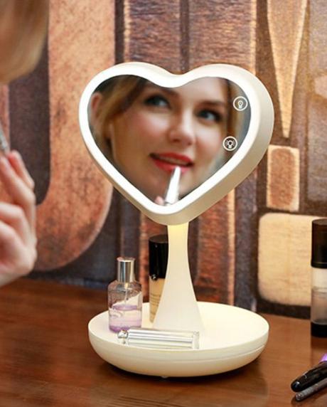 зеркало-для-макияжа-с-подсветкой-и-тайником4